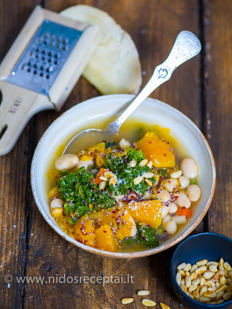 sriuba su moliugais ir pupelemis