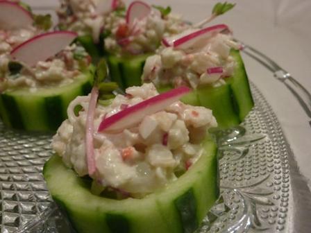 Krab ir wasabi salotos agurk krep eliuose nidos receptai for Canape receptai