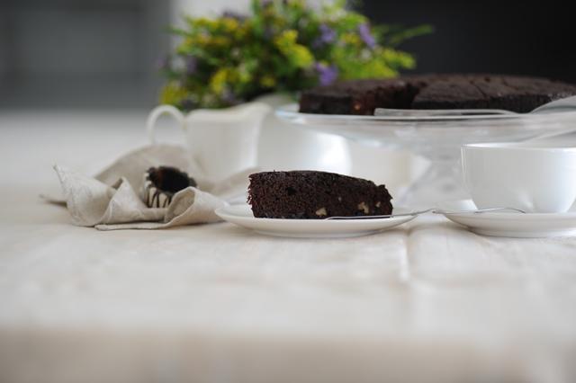 sokolado pyragas su romu ir vysniomis