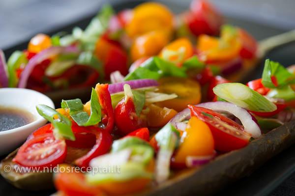 Pomidoru salotos su soja