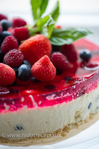 varskes tortas su zele