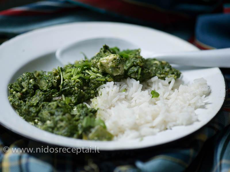 Panir palak - indiškas karis su špinatais ir sūriu