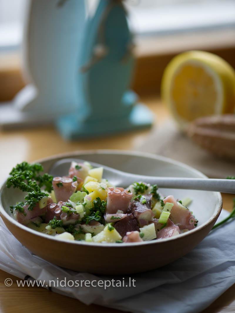 Aštuonkojo salotos su bulvėmis - itališka klasika