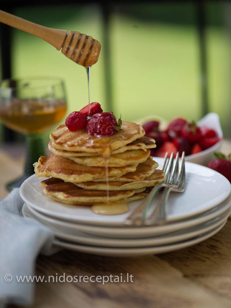Amaranth pancakes-4_Vertical