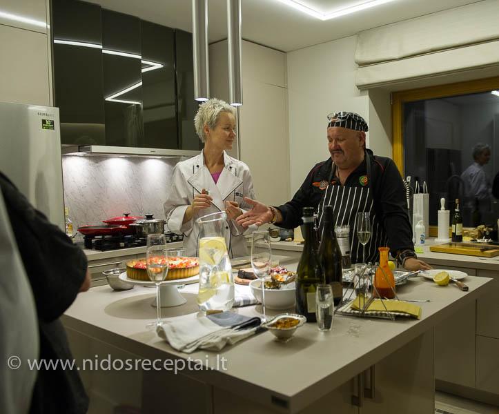 Gaminame kartu su žymiu šefu iš Mozambiko Cellestino Santos
