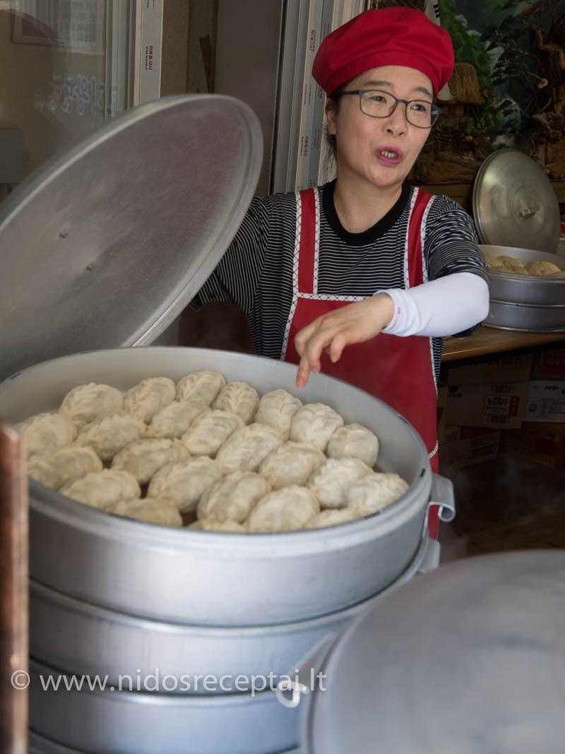 Garuose virti kimči pyragėliai