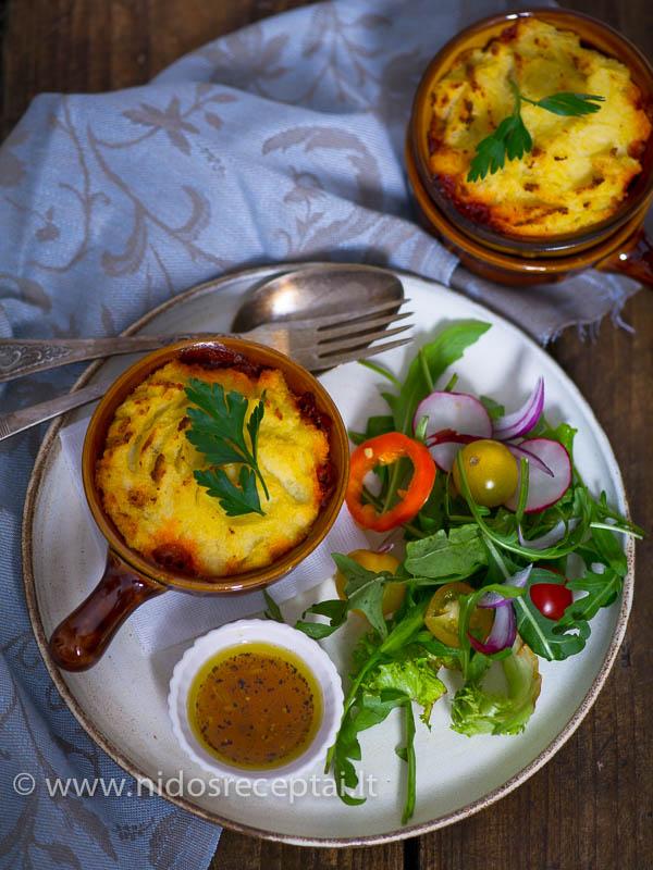 Maltos mėsos užkepėlė skaniausia su žaliomis salotomis