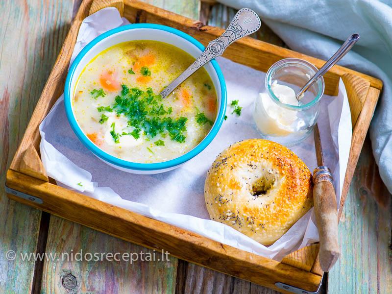 Agurkine sriuba