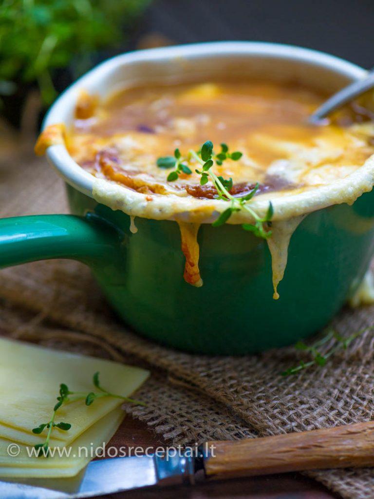 Prancuziska svogunu sriuba