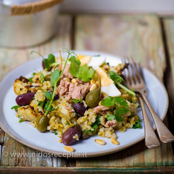 Kvieciu ir tuno salotos